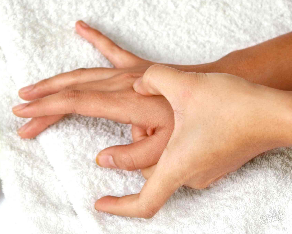 Чешется безымянный палец на правой руке: приметы