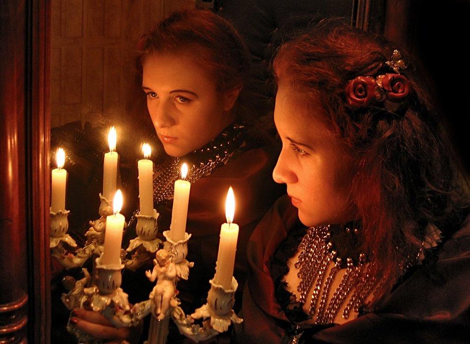Гадание на зеркале на крещение
