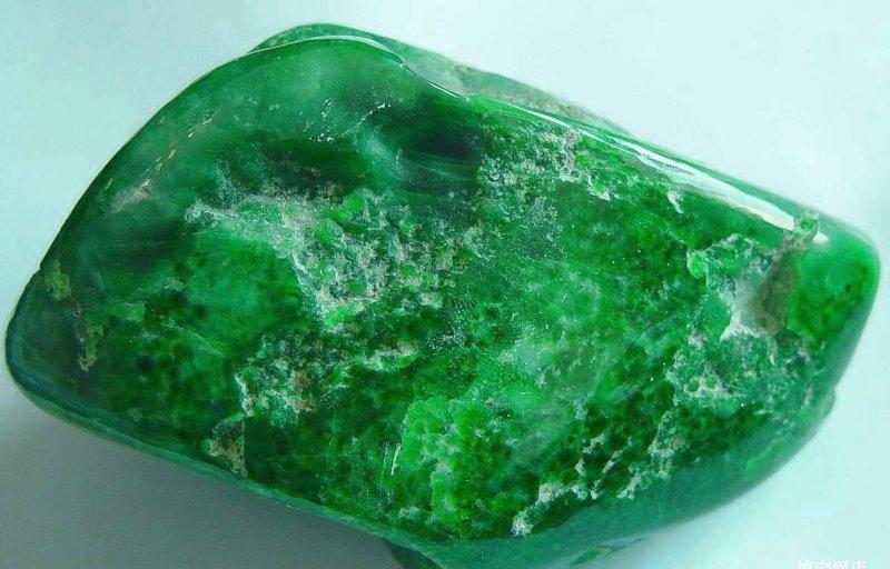 Нефрит камень
