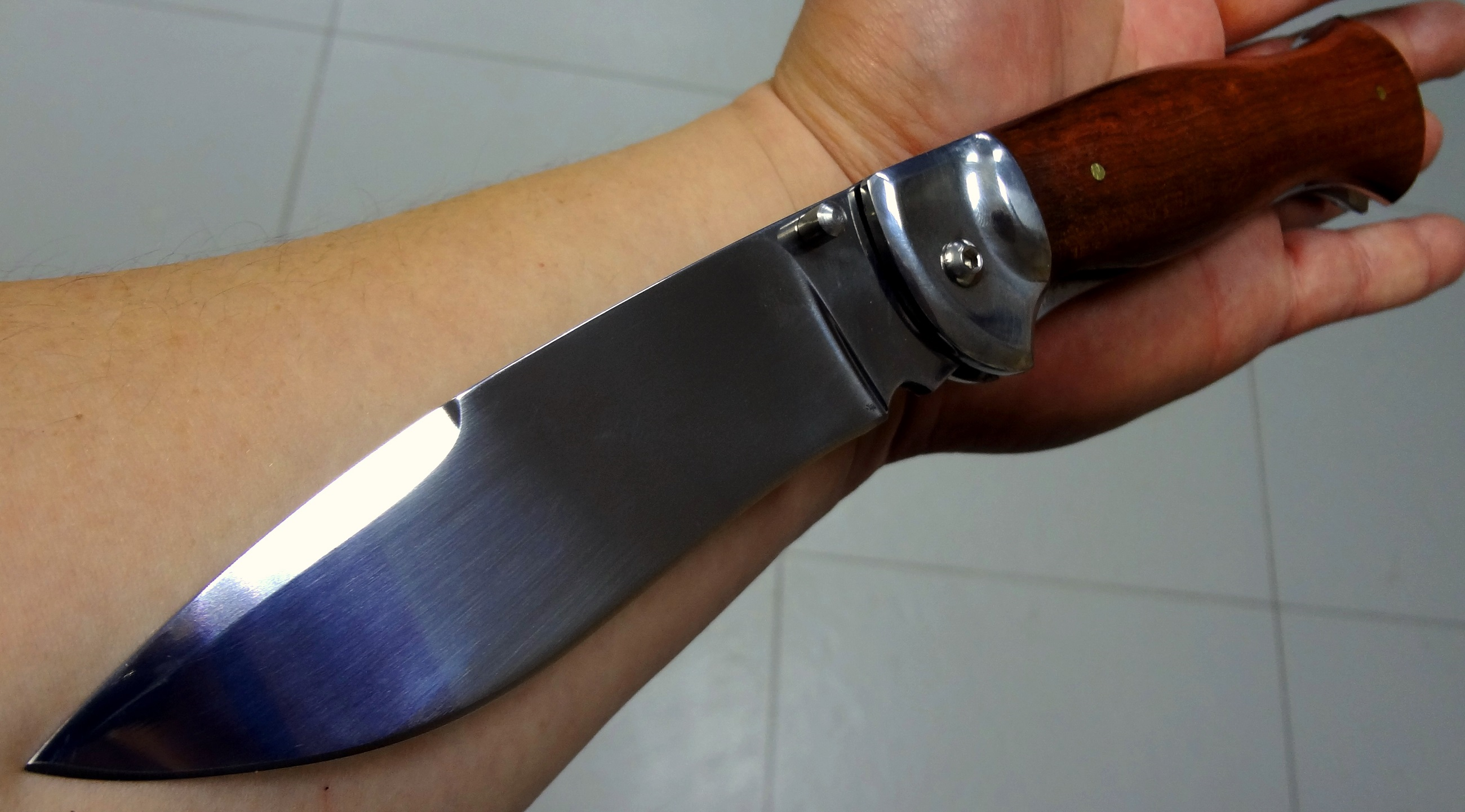 снится большой нож