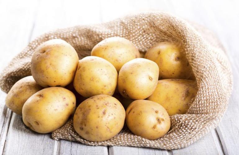 снится картошка сырая