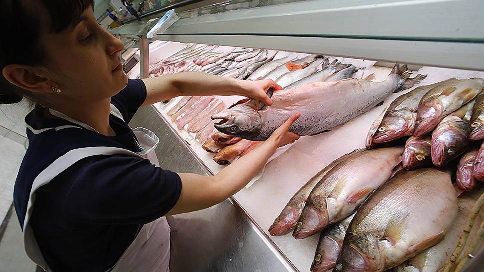 снится покупать рыбу