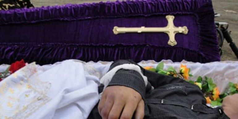 снится умерший брат