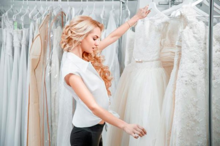 снится выбирать свадебное платье