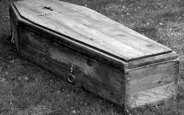 К чему снится закрытый гроб