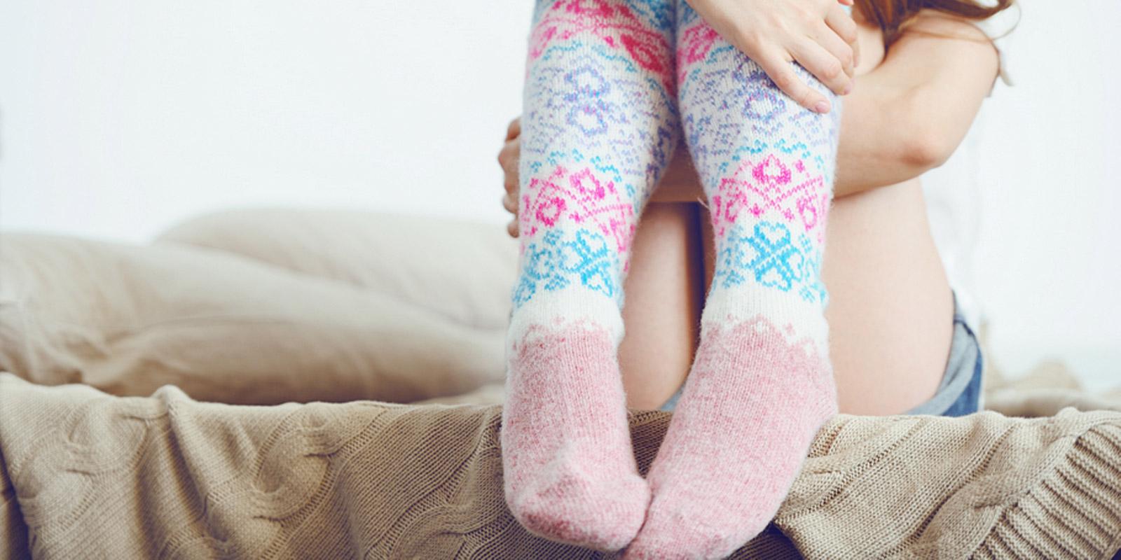 фото в носках шерстяных