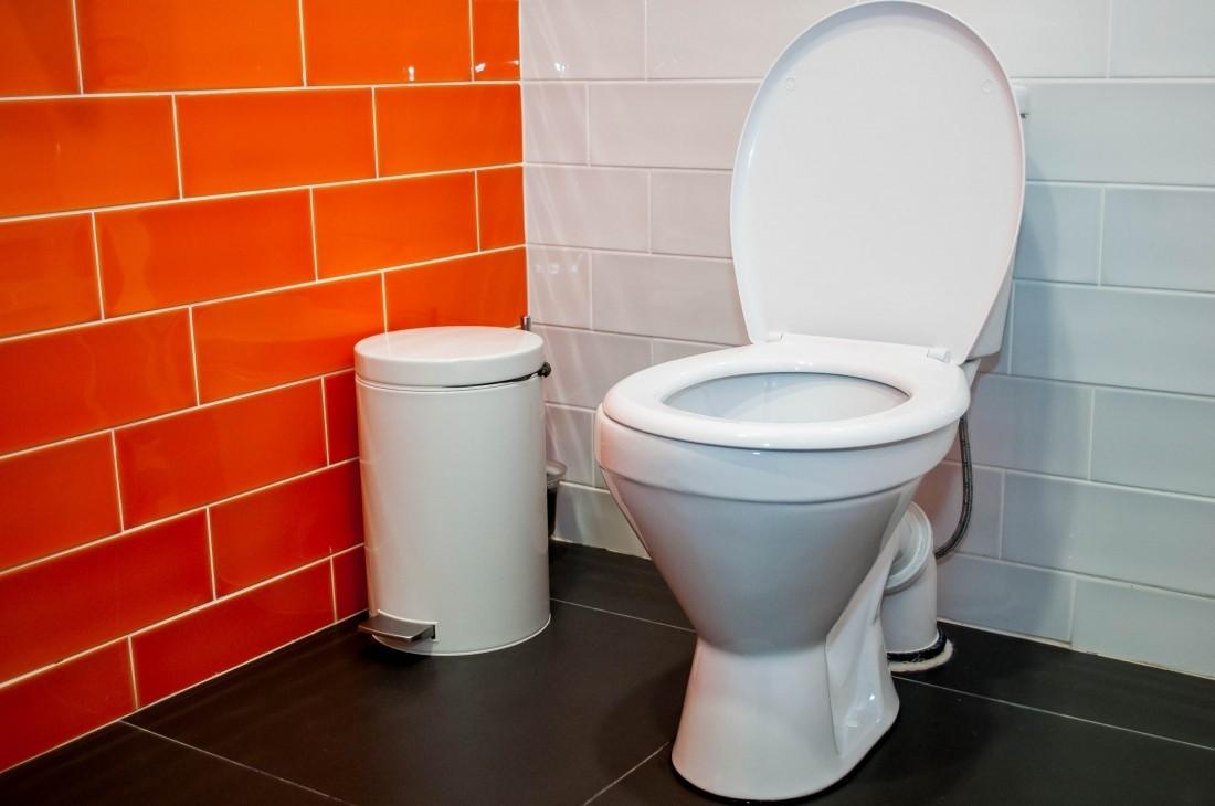 туалет общественный