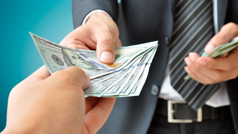 прятать деньги