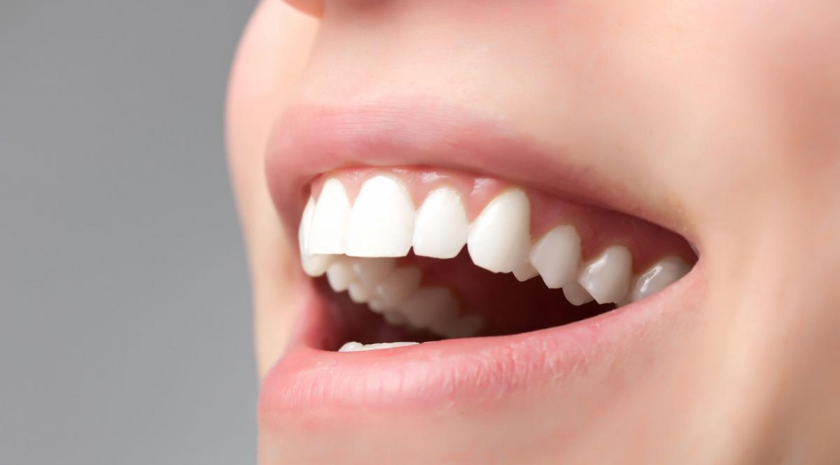 вставные зубы во сне