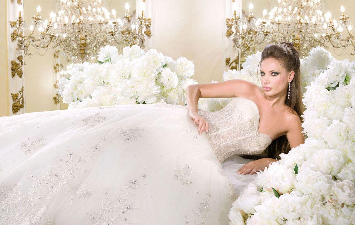 снится одевать свадебное платье