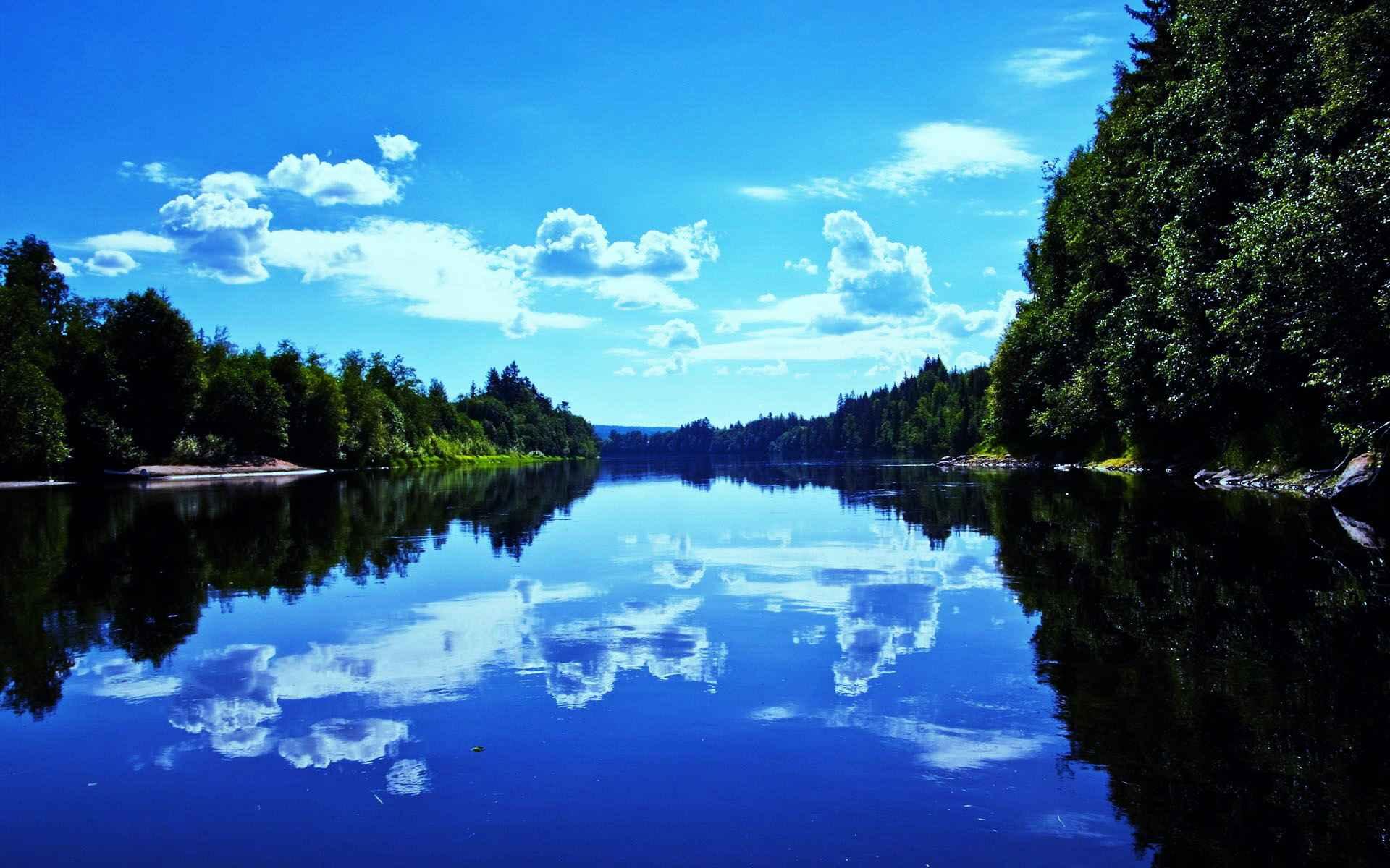 Приснилось озеро с чистой