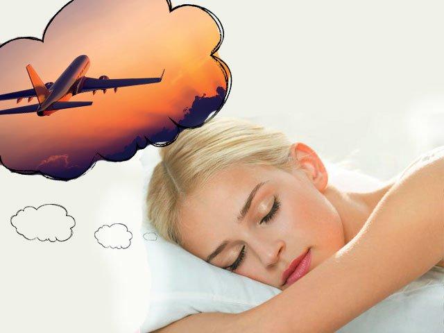 К чему снится самолет в небе толкование